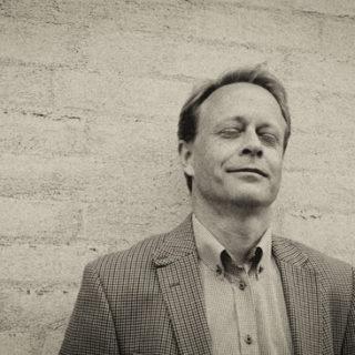 Neuroscientist Henrik Jörntell, studies the brain's fundamental mechanisms and function.